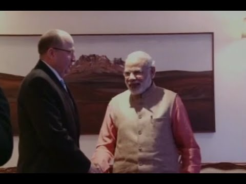 Israel's Defence Minister Moshe Ya'alon in India