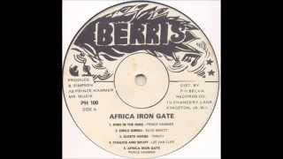 Lee Van Cliff - Chalice And Spliff(Album: Africa Iron Gate Showcase (V.A) – 1982 Producer : Prince Hammer Engineer : Professor & Crucial Bunny Backing Band : The Roots Radics Studios ..., 2015-07-31T16:07:36.000Z)