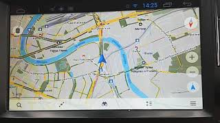 работа программы Maps.me на головном устройстве