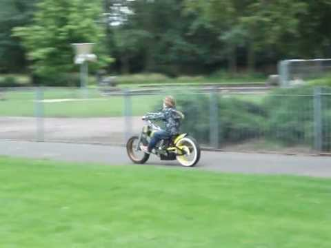 How Cool Electric Beach Cruiser Bobber Bike Youtube