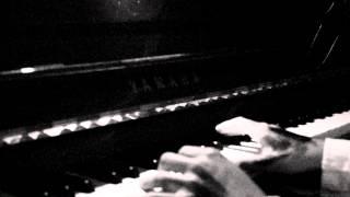 la melodia mas terrorifica de youtube (piano)
