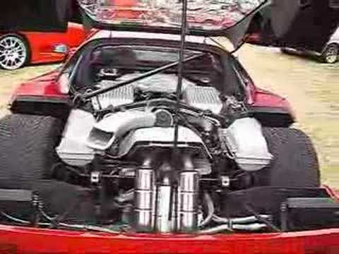 Ferrari F40 with engine bay open - YouTube
