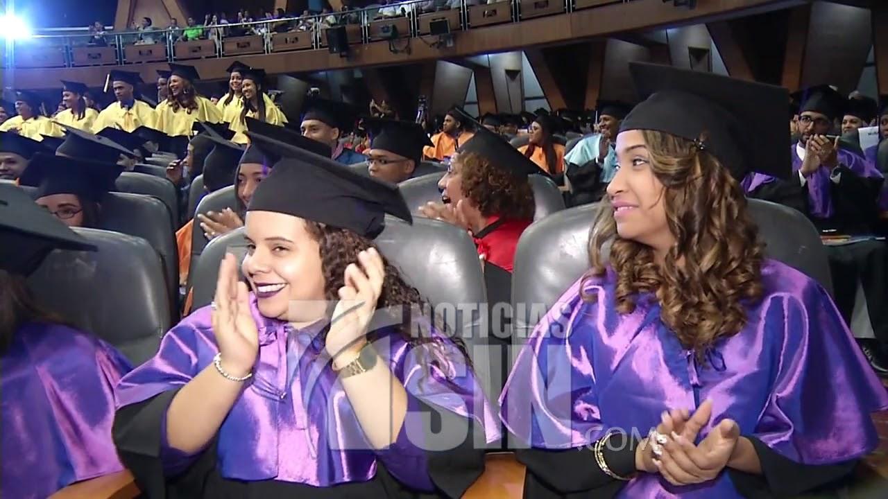 Image result for UASD gradúa 800 profesionales; algunos dicen tener pocas expectativas