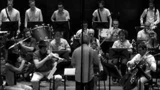 BORDERLINE for Batucada & Orchestra (by Ricardo Llorca)