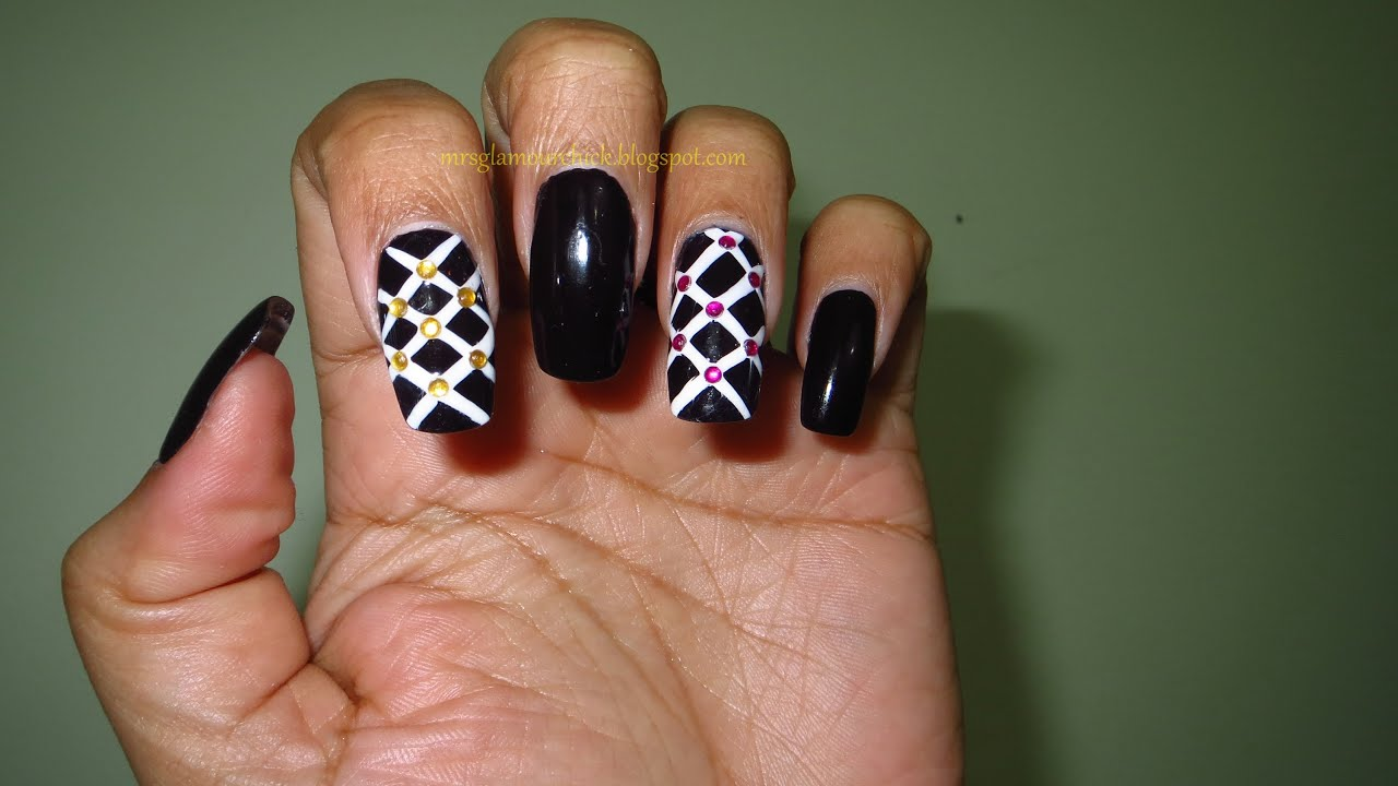 Gnbl Criss Cross Nail Art
