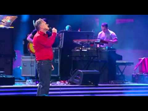Festival de Viña 2012, Morrisey, I know it´s over