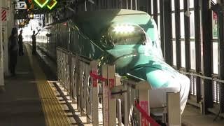 東北新幹線E5系はやぶさ13号新青森行盛岡駅発車※期間限定発車メロディー「ダイジョウブ」あり