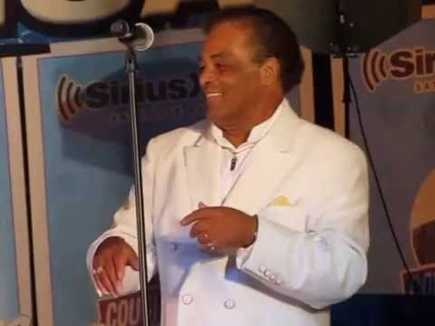 J.T. Carter & The Crests interviewed by Cousin Brucie at Palisades Park SiriusXM concert