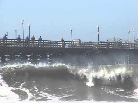 Seal Beach Surf - 8/27/14 - Lifeguard Leaps Off Pier