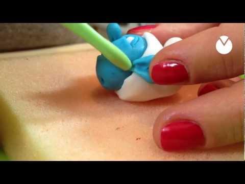 How to Sugar Craft a Smurf