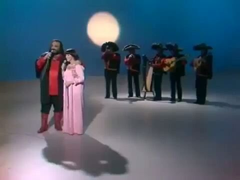 Demis Roussos & Mireille Mathieu,  2 Grande Artistas del Mundo canta Cucuru Cucu