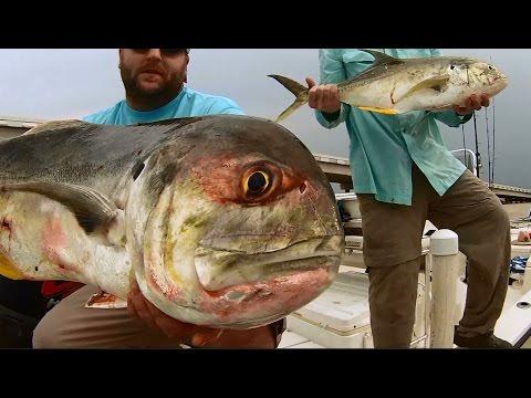 Sabine Lake Jack Crevelle Saltwater Fishing!