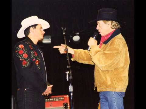 BRAD PAISLEY AND BUCK OWENS  COME ON IN