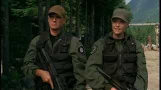 FN P90 - примитивное земное оружие.avi