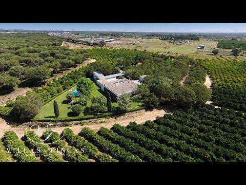 Contemporary Country Villa near Sevilla for sale