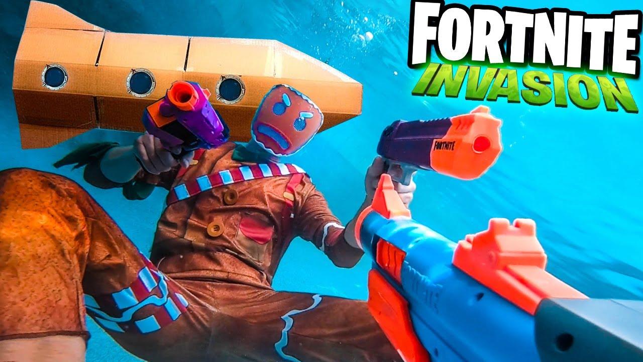FORTNITE BATTLE ROYAL IRL - Fortnite Season 7 Underwater Box Fort