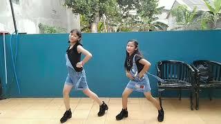 Tarian Agustusan #senorita Model : Lourin & niken.