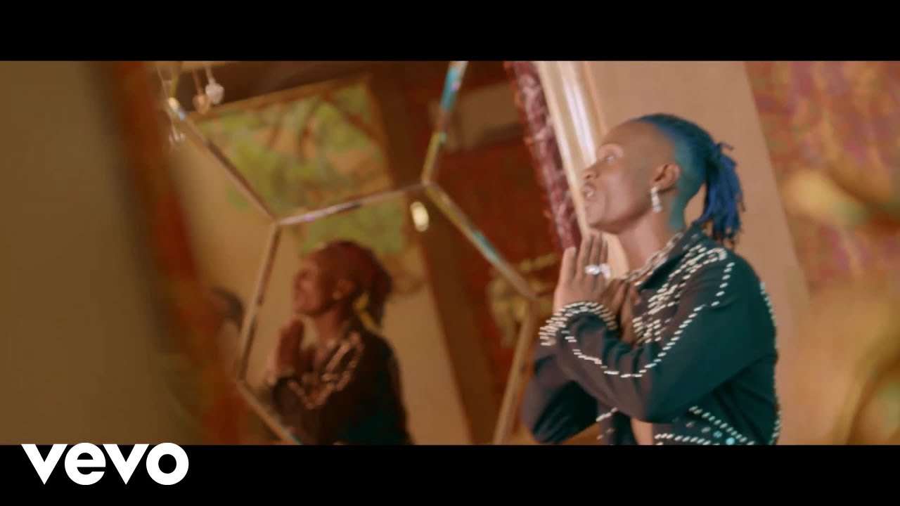 Download Fik Fameica - Tobiloberamu (Official Music Video) HD