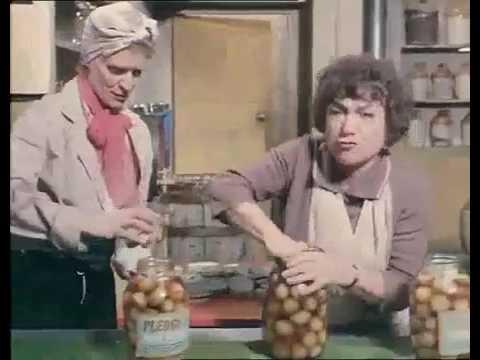 Nearest  Dearest (1972)