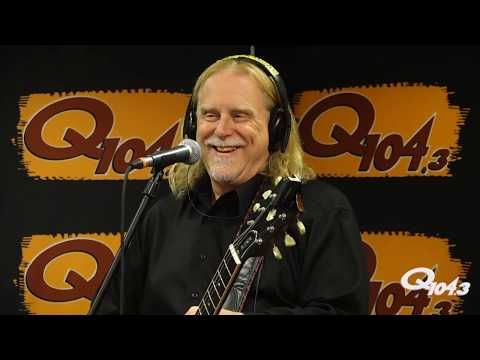 Warren Haynes Performs Live & Talks New Gov't Mule Live Album