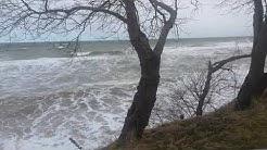 Die Ostsee ist heute sehr Stürmisch aus N Ost.