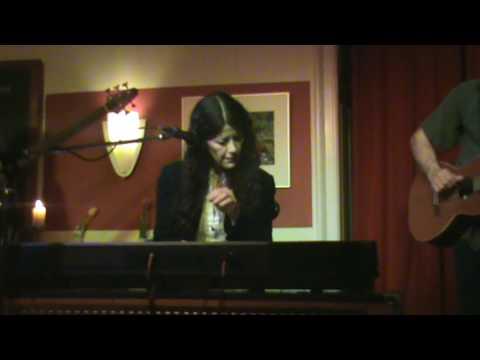 Krista Detor - Deliver Me (live)