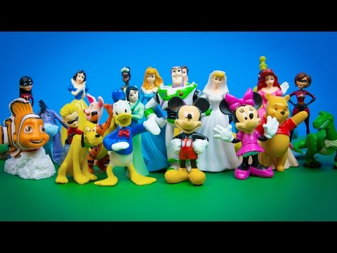 Disney Characters Princesses 30 Figurines Mickey Mouse Pooh Incredibles Finding Nemo Toy Story