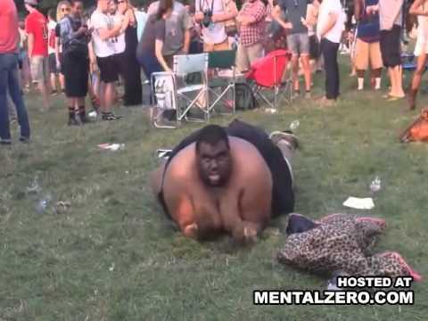 Huge Fat Yankee Tries To Breakdance