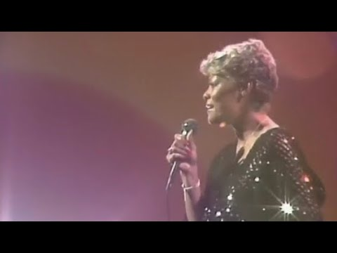 Dionne Warwick: I'll Never Love This Way Again ( LIVE)