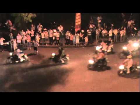 Ruoc xe hoa Phat Dan - Hue 2013