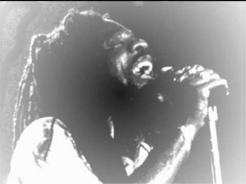 Dennis brown - god bless my soul +king tubby version- god bless my dub