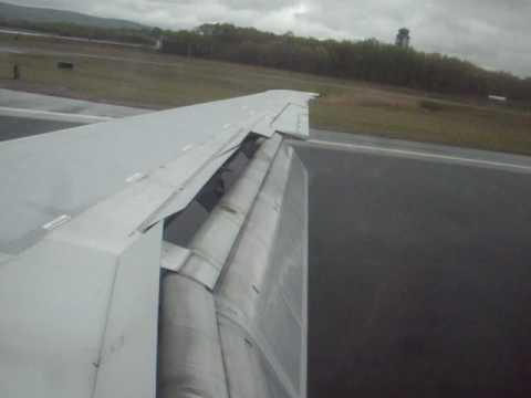 Delta MD-88 Cloudy landing at Bradley International Airport