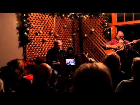Nine Pound Hammer  (traditional prison work song) performed by Glenn Houston and Travis Jones