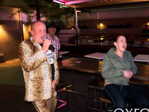 The Oxford Hotel Bathurst karaoke.wmv
