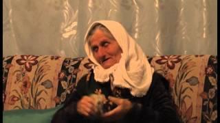 Repeat youtube video Rrëfehet nëna e 37-vjeçares: Edlira në depresion pasi humbi fëmijën,toka shkak për ndarjen me burrin