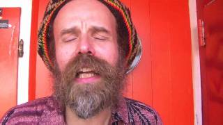 "Uwe Banton feat. Yah Meek ""Get On Your Feet"" - Official Video"