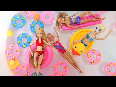 Barbie Rapunzel Elsa Pool Party Swimming - Bedroom New dresses Kolam renang  Barbie Piscina boneca 64e73e39b6