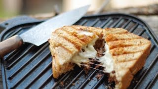 Grilled Beef Sandwich In Asl