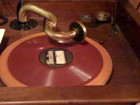 Fletcher Henderson Louis Armstrong Shanghai Shuffle Roaring 20's Victrola