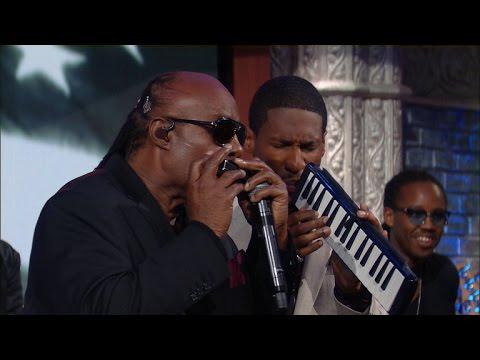 Stevie Wonder Performs The Star Spangled Banner
