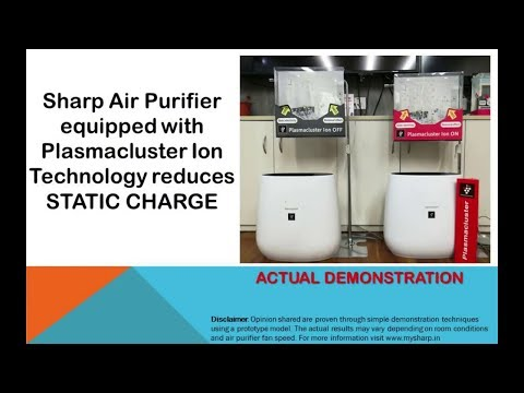 air-purifier-buying-guide-2019-demonstrating-effect-of-plasmacluster-in-reducing-static-charge