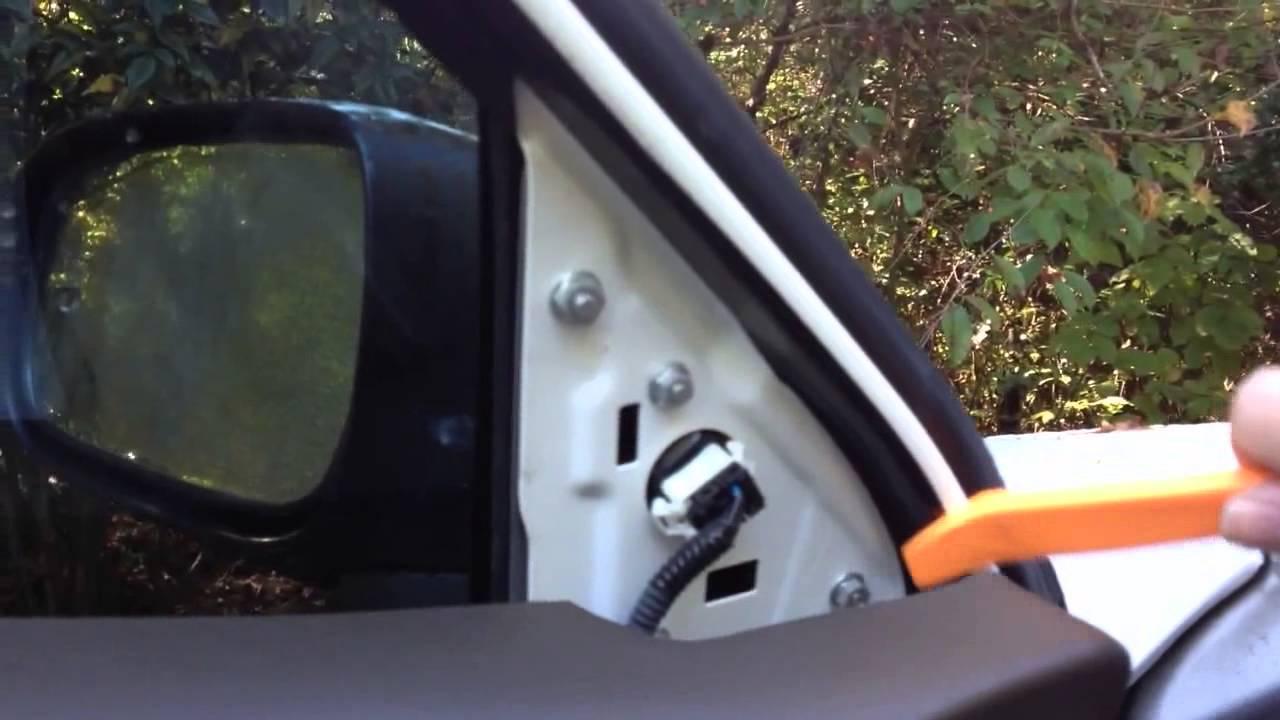 Replacing Front Door Speakers In A 2003 2007 Honda Accord Youtube