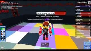 Roblox I kissed a girl!!! (Kiss near the end ;) )