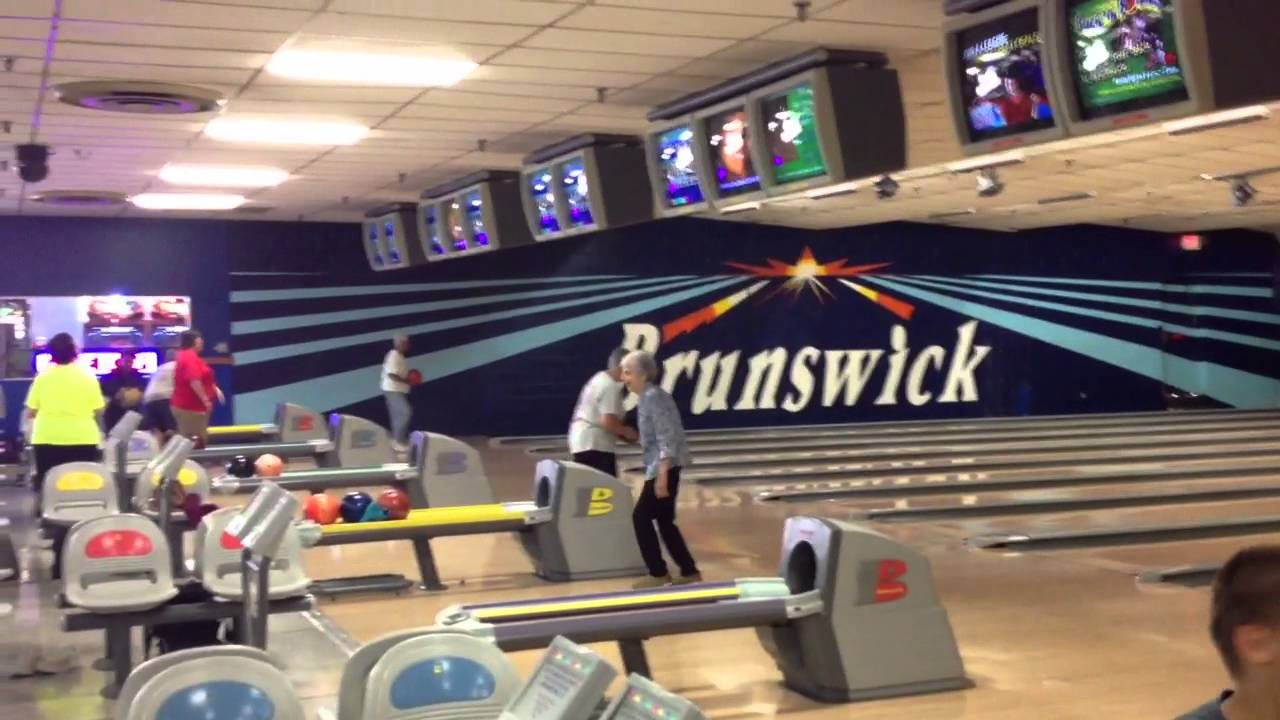Watch a Brunswick Zone Party in Action! Birthday Fun They Will Never Forget Brunswick Zone birthday parties are custom-built and made to amaze—with kid-friendly bumper bowling, memorable party favors, and delicious menus that even the adults at your party will love.