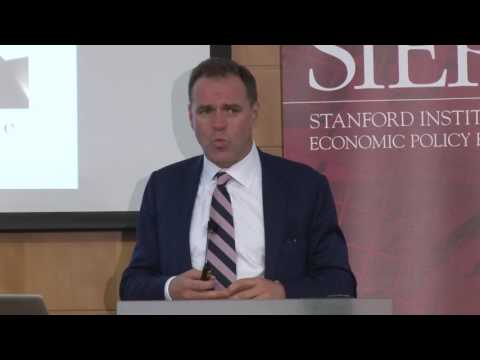 Networks and Hierarchies: Niall Ferguson's Historical Perspective