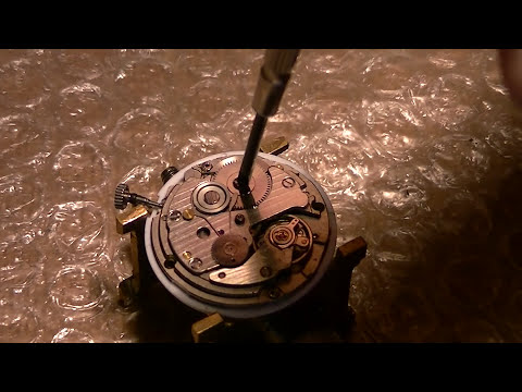 How to service and repair a Seiko 7009-3130 Automatic Wrist Watch - PART 1