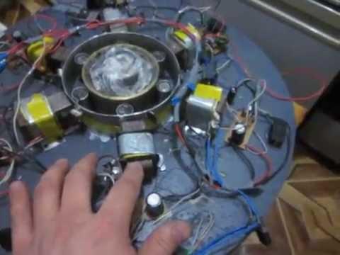 генератор Д.Серла. больше или
