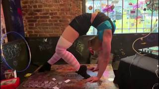 Atlanta Contortionist - Carnival and Vintage Circus Contortion