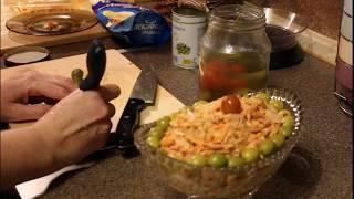 Салат из корейской моркови с копченой курицей