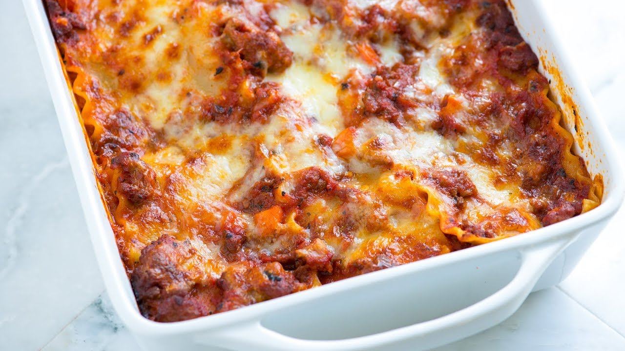 Cheesy Sausage and Beef Lasagna